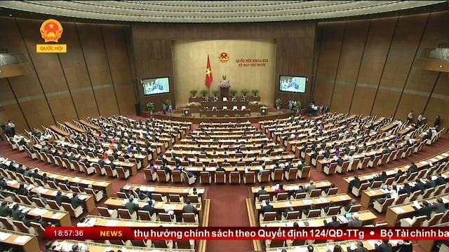 Bộ trưởng Bùi Quang Vinh trình bày Báo cáo tại Hội nghị Chính phủ với địa phương